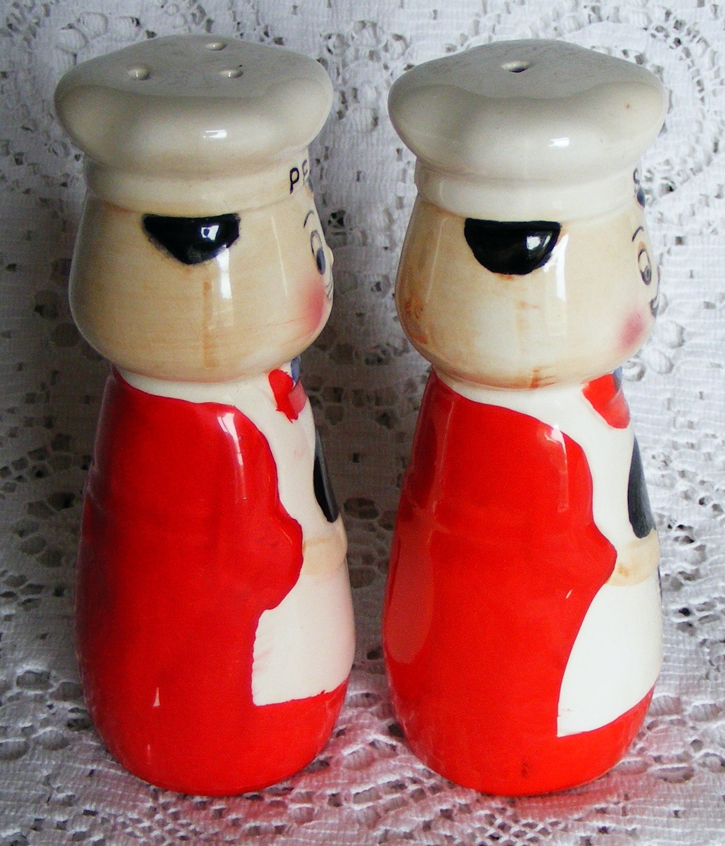 Salt and pepper chef cruet set red and white ebay - Salt and pepper cruet set ...